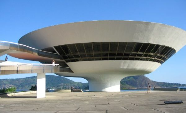 Pentagon finally admits it investigates UFOs, report says