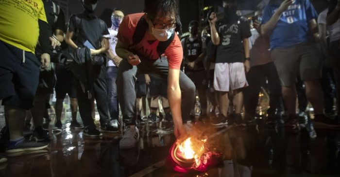 LeBron James no longer King James for Hong Kong protesters