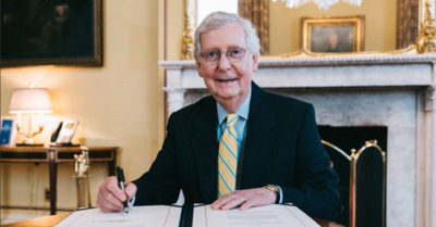 Republicans support GOP Sen. Mitch McConnell on new Supreme Court justice nomination vote