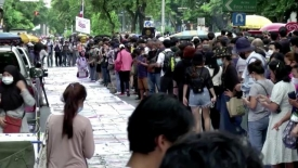 Thai anti-government protesters hold art exhibition